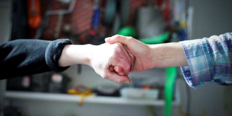 Handshake by jeanbaptisteparis 4683250983 EDIT